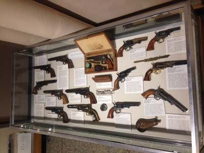 Museum of Connecticut History, Colt Collection Case